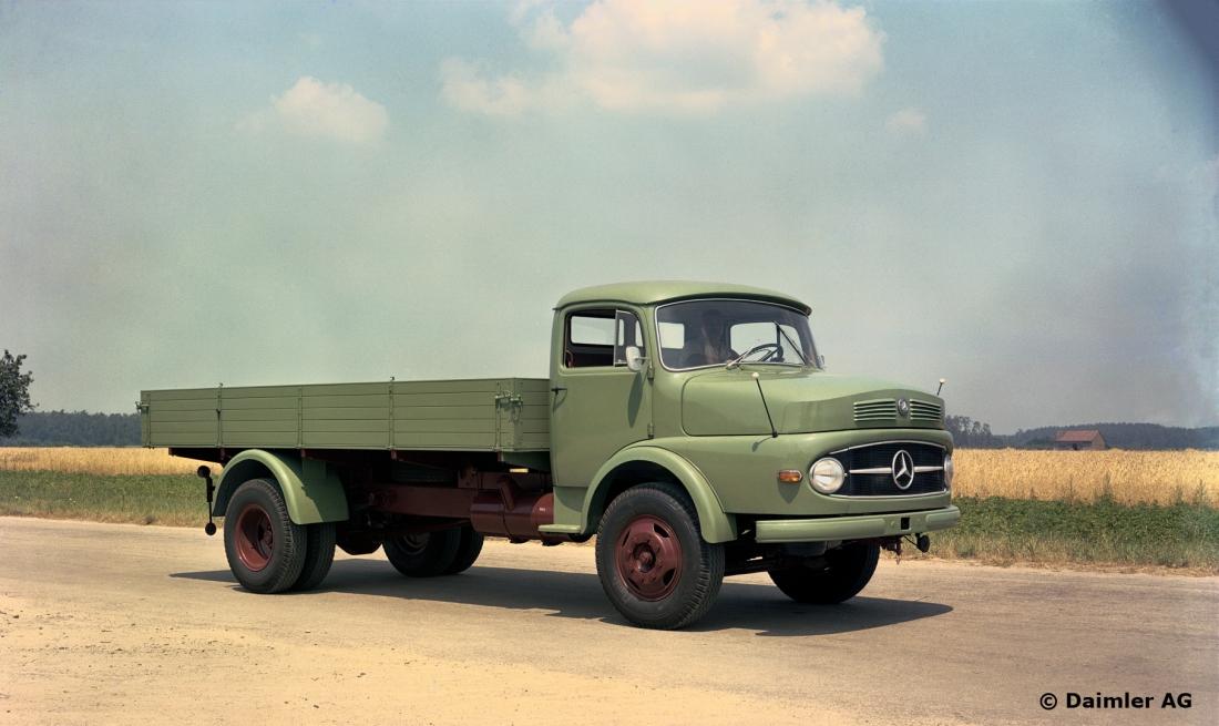 schwere kurzhauber lkw legends of trucking. Black Bedroom Furniture Sets. Home Design Ideas